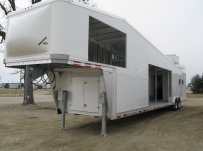 Gooseneck Horse Trailers - GNEH 26A