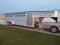 Commercial Gooseneck Livestock Trailers - GNL 88A
