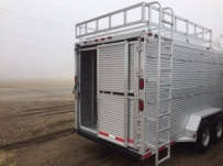 Commercial Gooseneck Livestock Trailers - GNL 117A